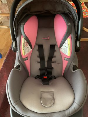 Safety first infant car seat for Sale in Saugus, MA