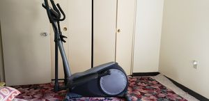 Gold's Gym Stride Trainer 310 for Sale in Lexington, KY