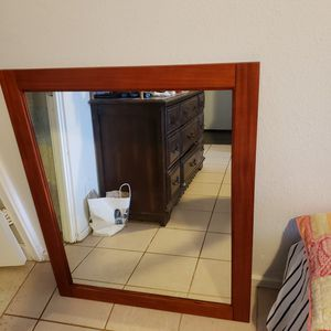 Beautiful Wall Mirror(Like New) for Sale in Pearl City, HI