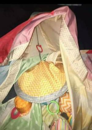 BRAND NEW TEEPEE PLAY TENT for Sale in Tampa, FL