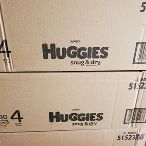 Huggies Snug And Dry Size 4 Diapers $38 Each for Sale in Fountain Valley, CA