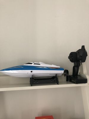 Venom R/C speed boat for Sale in Boston, MA