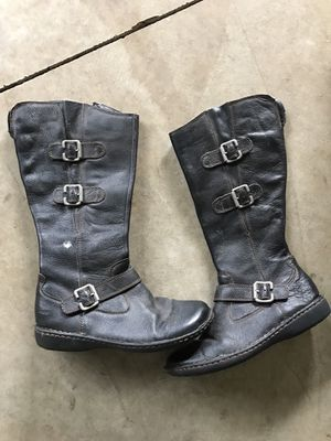 Women's knee high black leather boots size 9 for Sale in Gresham, OR