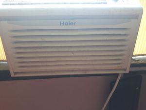 Haier 5000 btu window ac unit for Sale in Columbus, OH
