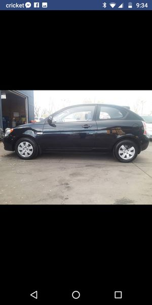 2010 Hyundai accent 91xxc miles 5speed!!! for Sale in Denver, CO