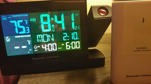 Hammacher Schlemmer projection/ weather alarm clock for Sale in Lexington, KY