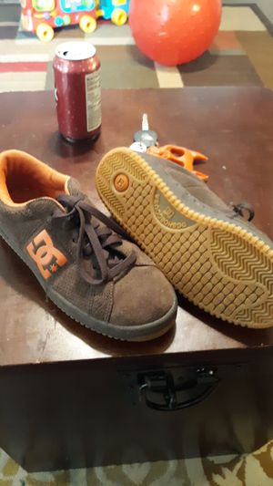 DC brown shoes for Sale in Gladstone, VA