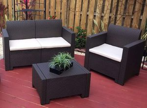 New Italian outdoors patio furniture in its box 1 year warranty for Sale in Pompano Beach, FL