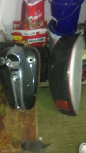 Motorcycle double gas tank and fender for Sale in Grove City, OH