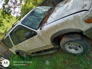 Ford explorer '01 for Sale in Macon, GA