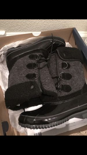BRAND NEW rain Boots Super Cute! $40 women's size 7 for Sale in Byron, CA