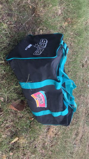 Spurs duffle bag for Sale in Elmendorf, TX
