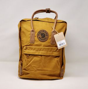 Fjallraven, Kanken No. 2 Backpack for Everyday for Sale in Queens, NY