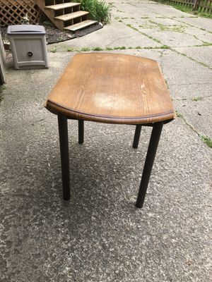 Table for Sale in Independence, OH