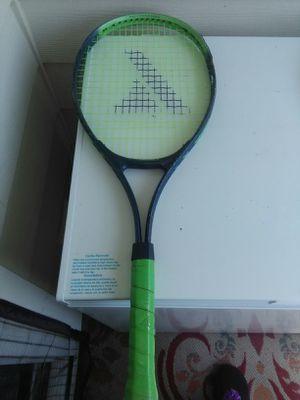 Tennis racket for Sale in Manahawkin, NJ