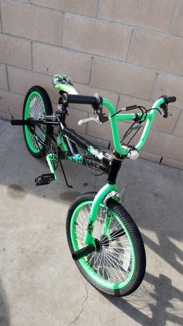 "20"" Huffy Decay freestyle BMX bike"