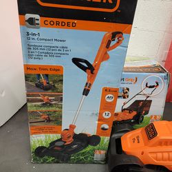 Black dacker 3 in 1. Compact Mower with trim edge new in box for Sale in Las Vegas,  NV