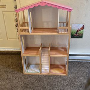 3 Story Large Dollhouse for Sale in Albuquerque, NM