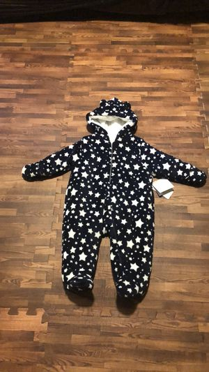 Baby's warm romper size 6-9 months for Sale in Brooklyn, NY