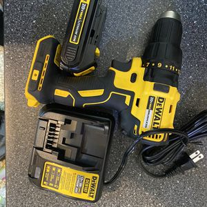 DCD777 20V MAX* COMPACT BRUSHLESS DRILL/DRIVERf for Sale in Weymouth, MA