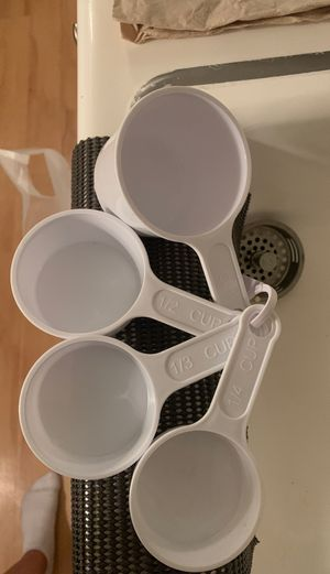 Free: measuring cups for Sale in Los Angeles, CA