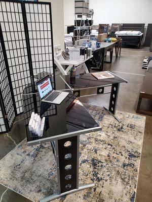 L-Shape Computer Desk Glass Top, Black for Sale in Santa Ana, CA
