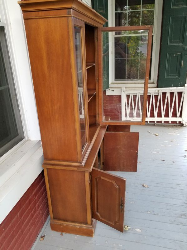 China cabinet for free