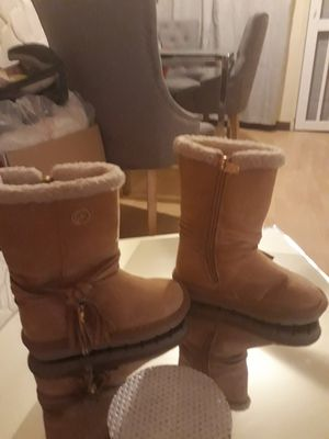 Girl boots size 8 for Sale in El Cajon, CA