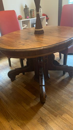Round Dining Table for Sale in Wichita, KS