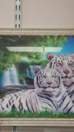 3-D picture _ Tigers & Waterfall - $14.99 ( NEW ) for Sale in Cottonwood Heights,  UT