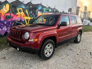 2014 Jeep patriot sport for Sale in Miami, FL