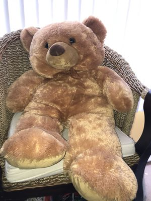 Large Stuffed Bear - Condition: NEW for Sale in Beverly Hills, CA