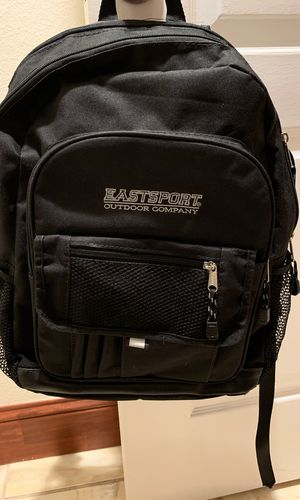 Black backpack with laptop slot for Sale in Houston, TX