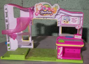 Shopkins and Num Num playsets for Sale in Chelsea, MA