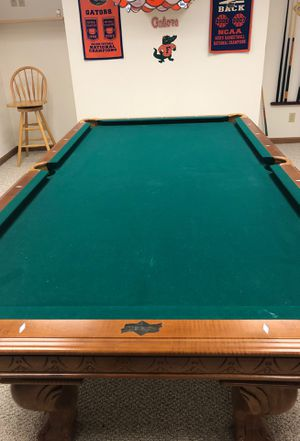 American Heritage pool table for Sale in Mosinee, WI
