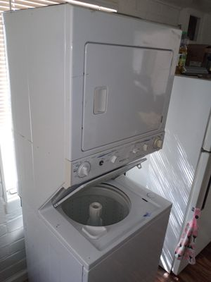 Frigidaire Heavy Duty Washer/Dryer for Sale in Tucson, AZ