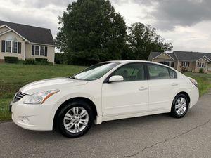 2012 Nissan Altima Fully Loaded 165k smiles for Sale in Richmond, VA