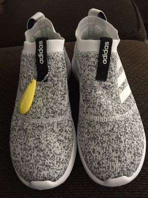Adidas cloudfoam for Sale in Fresno, CA
