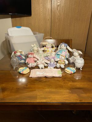 Bunnies 🐰including items & plastic box . for Sale in Aurora, IL
