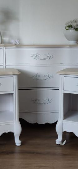French Provincial Nightstand Set /Dresser for Sale in Walnut,  CA