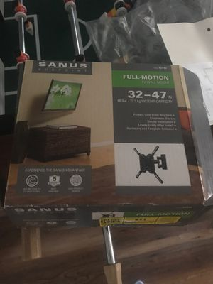 Sanus vuepoint tv wall mount for Sale in San Marcos, CA