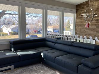 Sectional Couch With Storage And Sleeper for Sale in Hoffman Estates,  IL