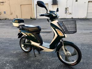 Greenkey electric bike electric scooter electric bicycle electric motorcycle moped ebike Vespa Kawasaki Tao Yamaha Honda bmw Mini Cooper AmericanElec for Sale in Miami Beach, FL
