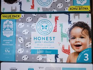 Honest size 3 diapers box of 136 diapers for Sale in LA CANADA FLT, CA