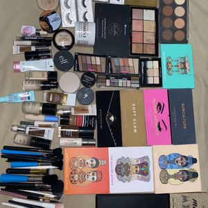 Makeup for Sale in Victoria, TX