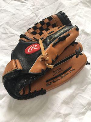 Rawlings Baseball Glove for Sale in Seattle, WA