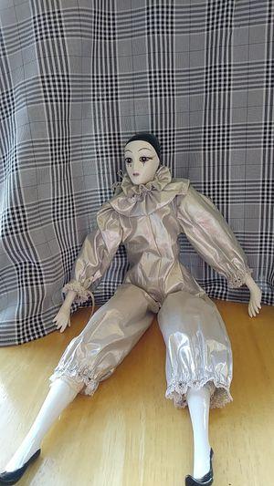 Antique doll. 18 in. for Sale in North Miami Beach, FL