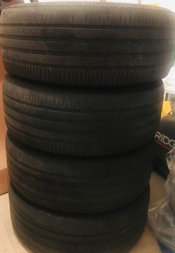 Michelin tires 275/55/19 for Sale in Peoria,  IL