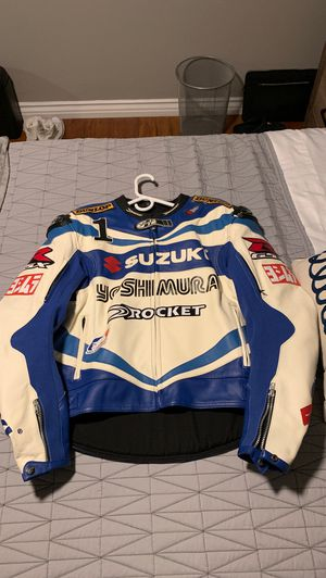 Suzuki Motorcycle Leather Jacket Racing Size 46 for Sale in Brea, CA