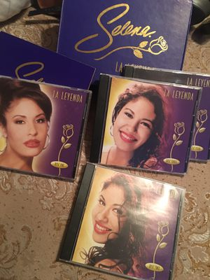 Selena La Leyenda 4 pack cd set💜 for Sale in Pasadena, TX